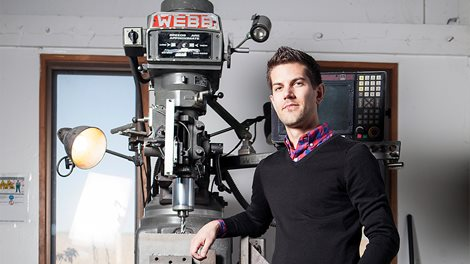 Peter Hedman posing with milling machine